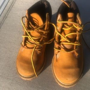 Timberland toddler boots size 8
